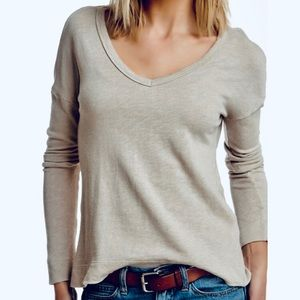 James Perse | Boxy V Neck Pullover